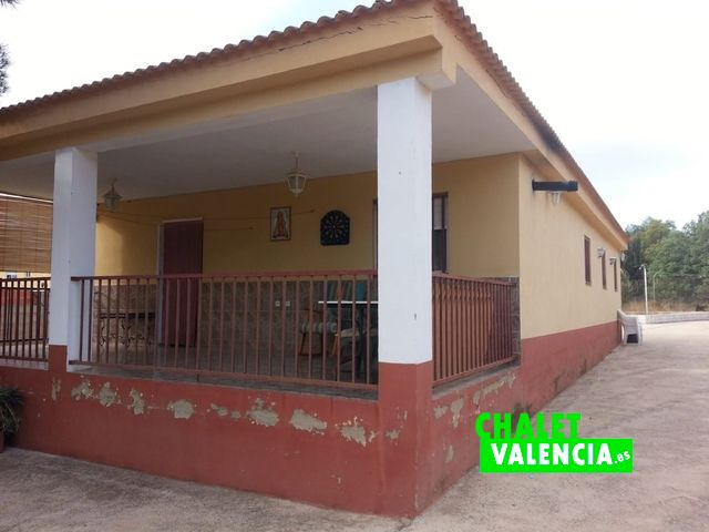 Cheap villa Chiva