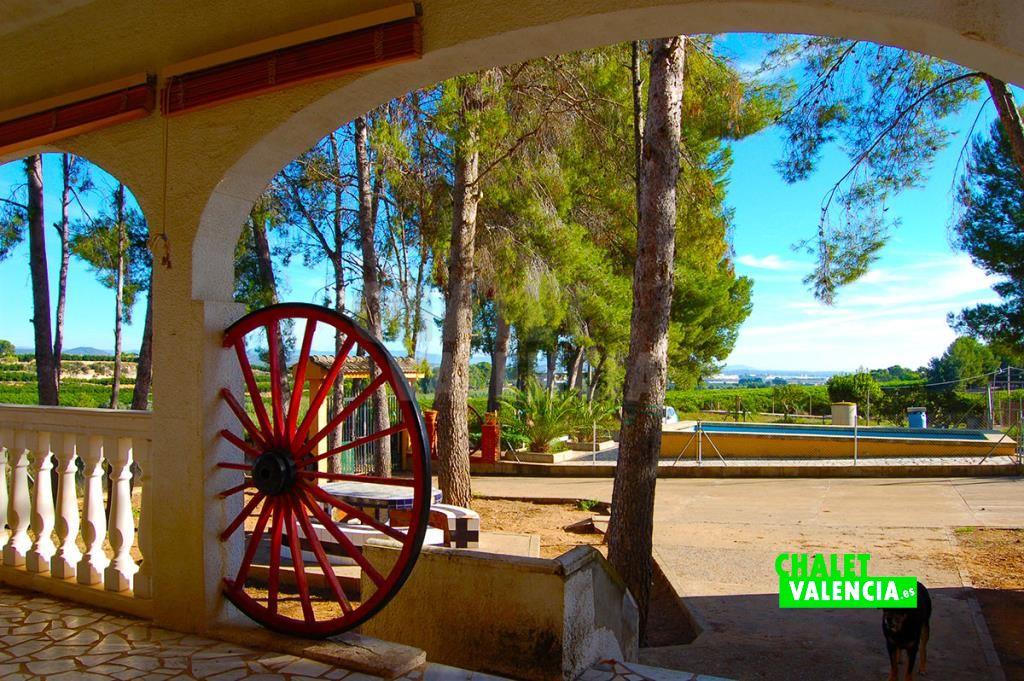 Chalet con vistas junto El Bosque Chiva