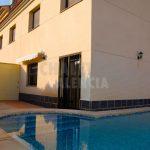 Maison jumelée avec piscine à Maravisa