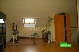 30327-atico-gym-chalet-valencia
