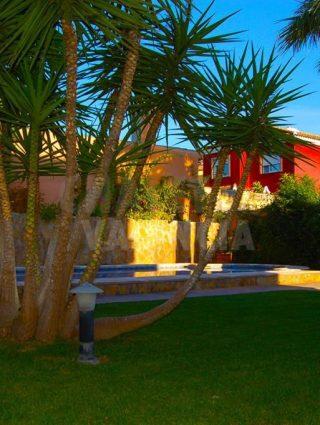 30327-piscina-jardin-chalet-valencia