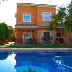 Villa with pool in La Pobla de Vallbona