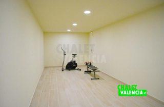 30668-12GIMNASIO-chalet-valencia