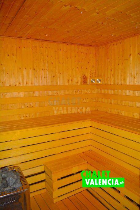 Sauna en la casa de madera