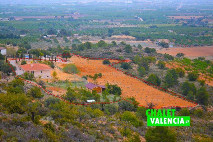 Chalet con gran terreno Chiva Valencia
