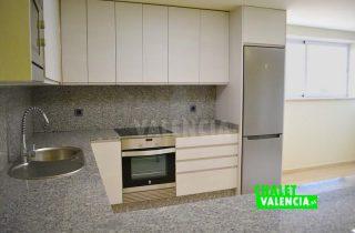 30668-COCINA_SOTANO_1-chalet-valencia