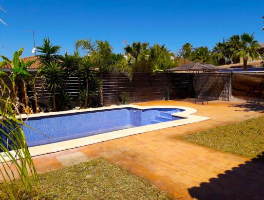 Chalet independiente con piscina Maravisa