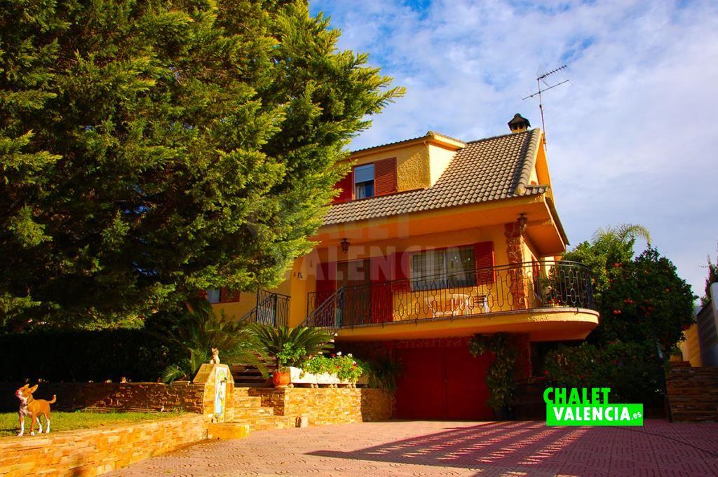 Chalet independiente con piscina en San Lazaro La Pobla