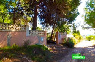 31656-entrada-calle-chalet-valencia