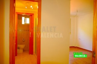 31725-5369-chalet-valencia