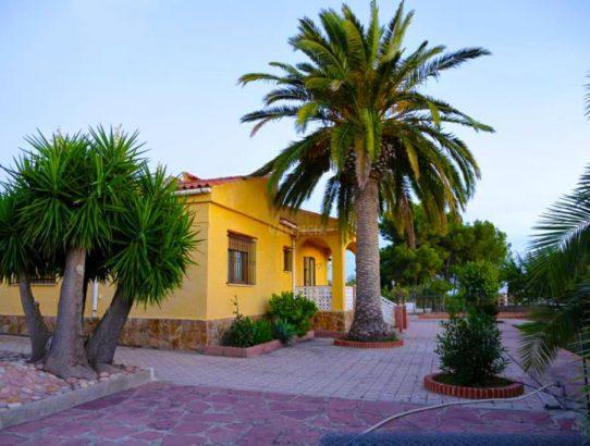 Casa con terreno en Bétera