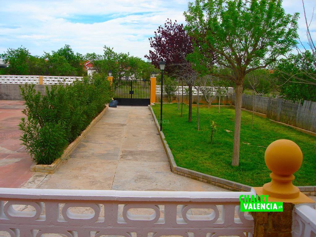 32973-entrada-casa-chalet-valencia