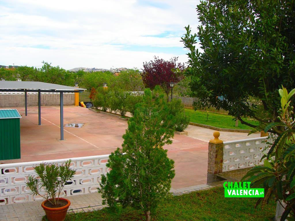 32973-entrada-vista-chalet-valencia