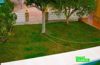 32973-jardin-2-chalet-valencia