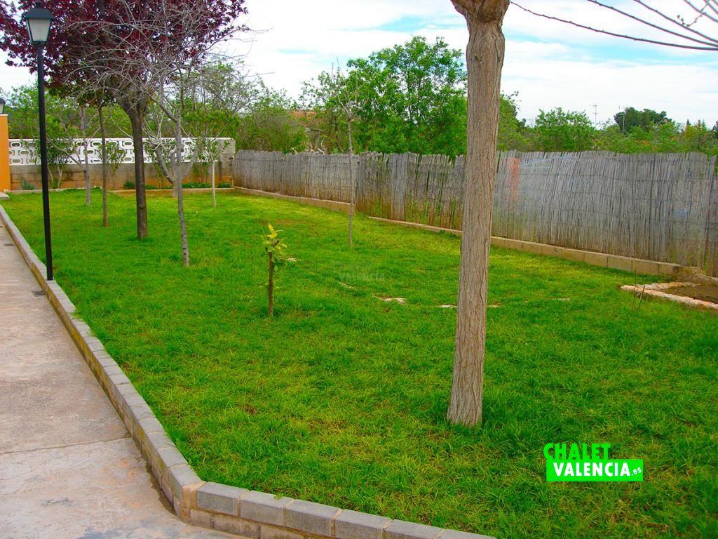 32973-jardin-chalet-valencia