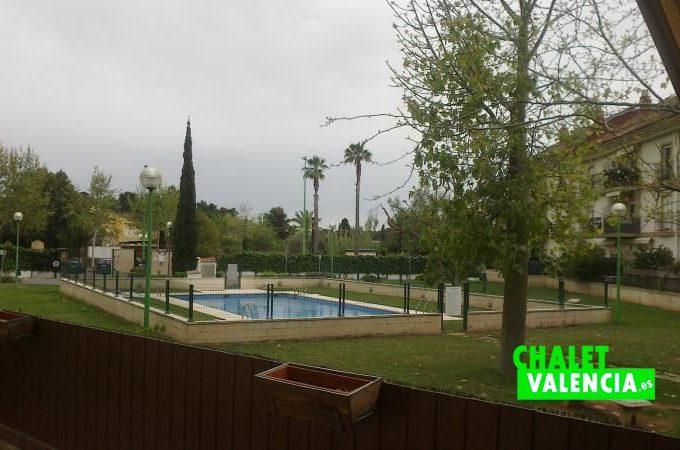 33762-zona-piscina-chalet-valencia