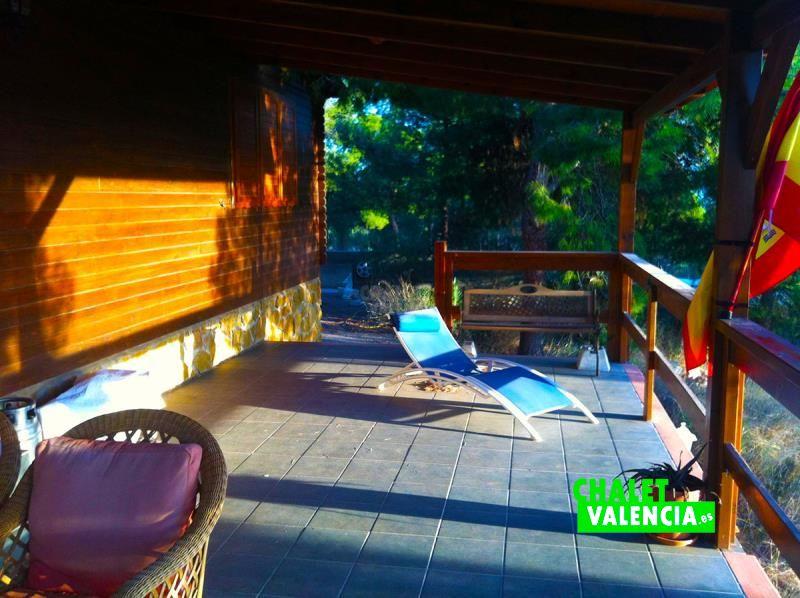 34058-terraza-madera-chalet-valencia