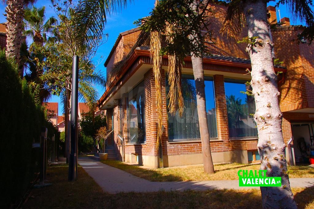 Chalet unifamiliar moderno de lujo en Mas Camarena