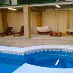 Parcela de 1000m2 en Turís con piscina y casa de campo