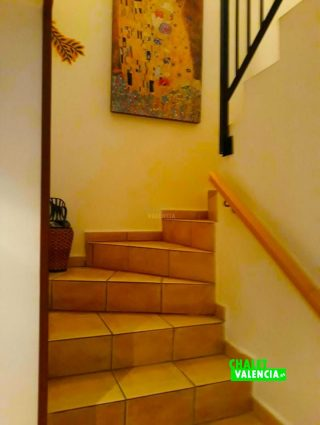 34415-escaleras-vista-calderona-chalet-valencia