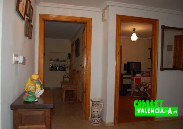 G4566-distribuidor-0a-chalet-Valencia