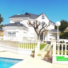 Luxury and privacy in Montesol La Eliana