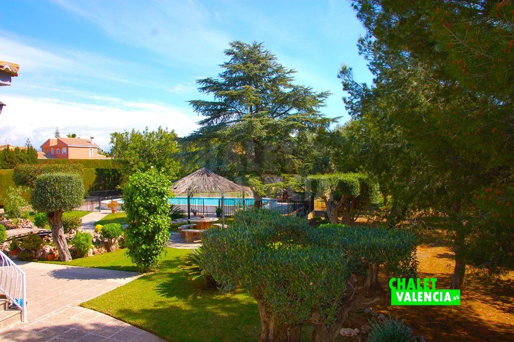 Espectacular jardin Maravisa La Pobla