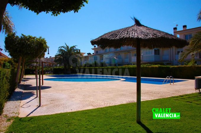 35690-8242-chalet-valencia