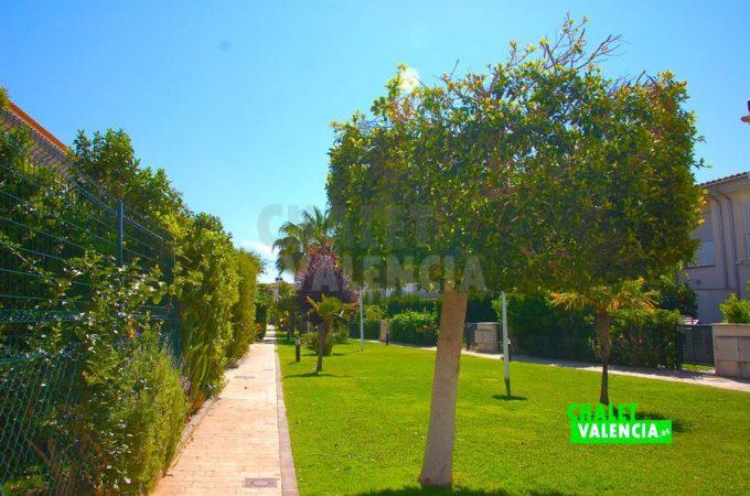 35690-8247-chalet-valencia