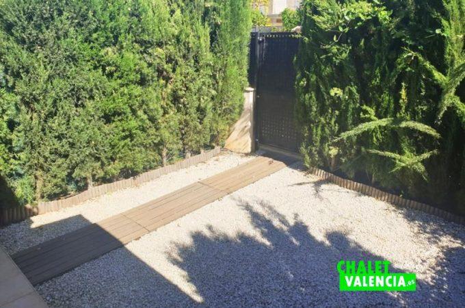 35690-entrada-piscina-chalet-valencia