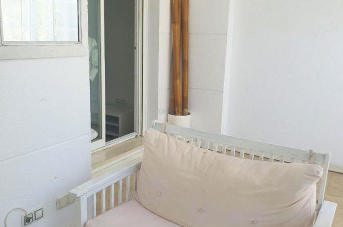 35690-entrada-terraza-3-chalet-valencia