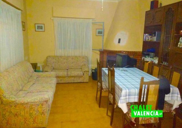 35823-salon-comedor-chimenea-chalet-valencia