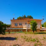 Chalet en urbanización Moncati Lliria – Domeño