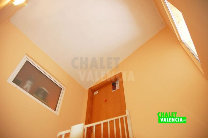 36753-8885-chalet-valencia