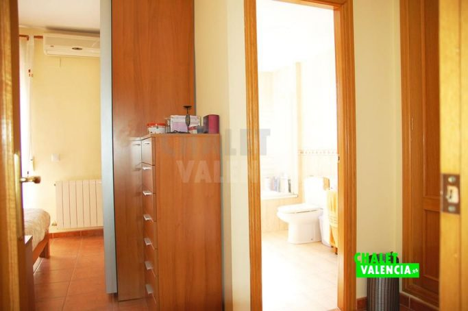 36753-8893-chalet-valencia