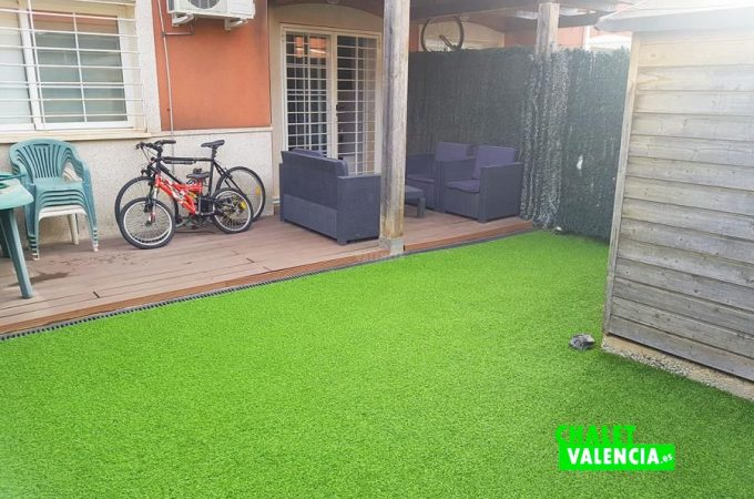 37225-private-area-3-chalet-valencia