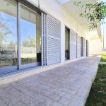 Villas nouvellement construites avec un style moderne