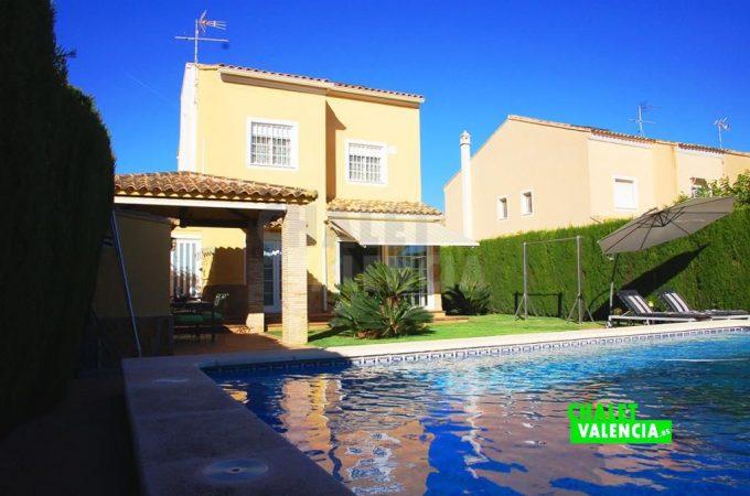 37500-9276-chalet-valencia