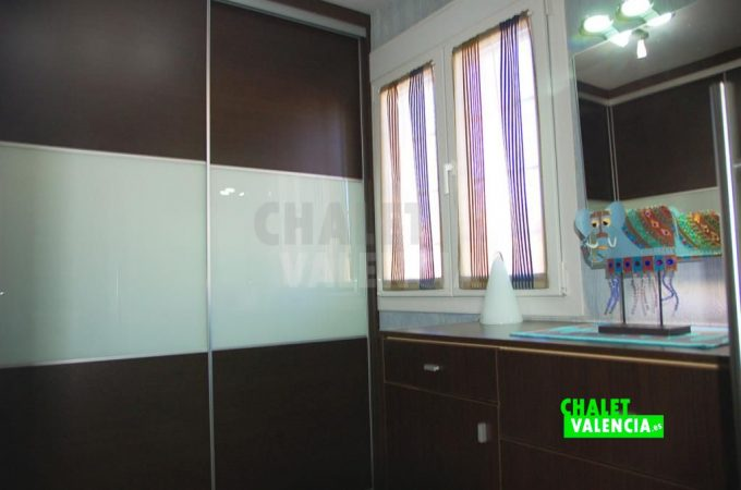 37500-9330-chalet-valencia