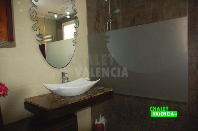37500-9335-chalet-valencia