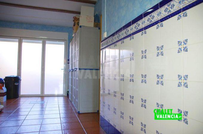 37500-9365-chalet-valencia