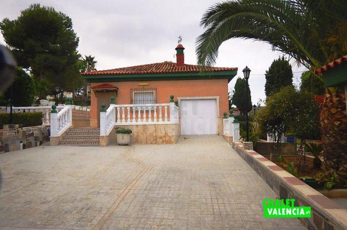 37783-entrada-chalet-valencia