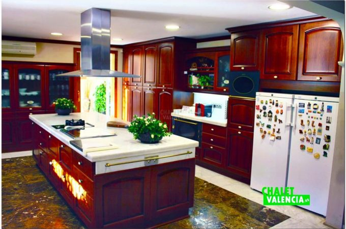 37833-cocina-isla-chalet-valencia