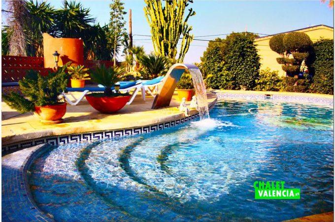 37833-piscina-detalle-chalet-valencia