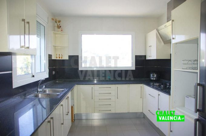 38155-9877-chalet-valencia