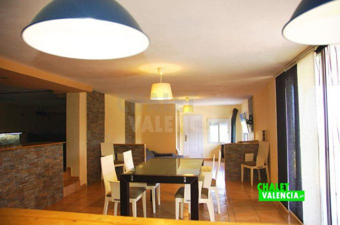 38155-9906-chalet-valencia