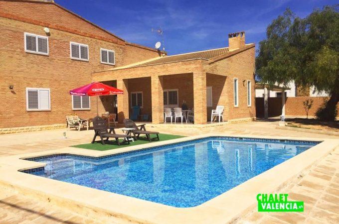 piscina-terraza-chalet-valencia