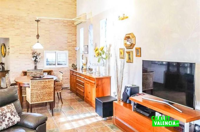 salon-tv-chalet-valencia