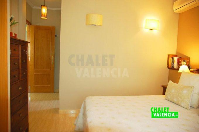 38293-9745-chalet-valencia
