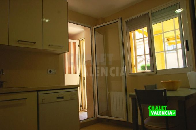 38293-9792-chalet-valencia